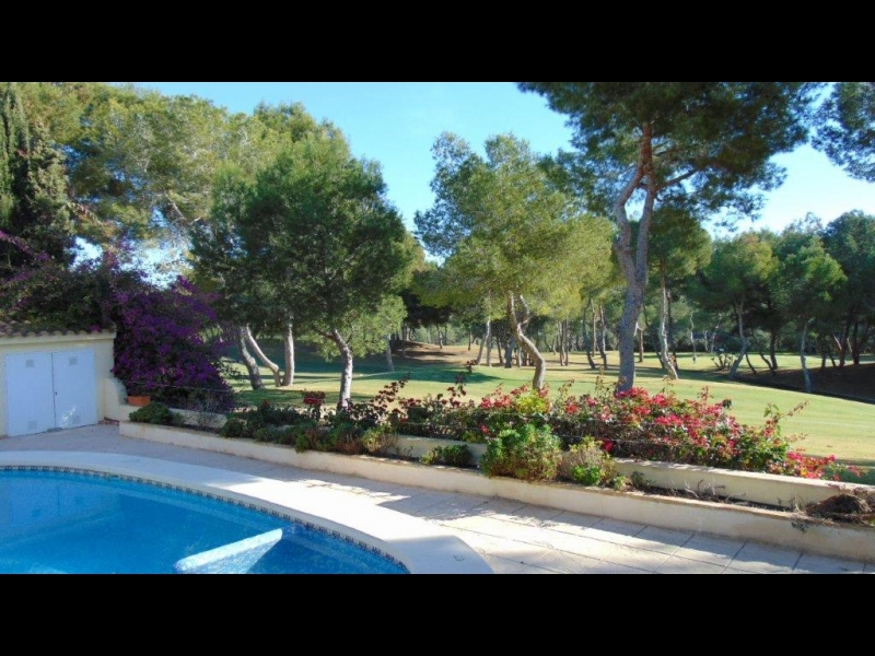 Resale Properties-Las Ramblas Golf-2535